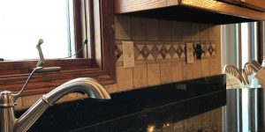 natral stone tile backsplash